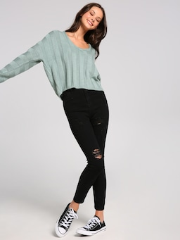 Torie V Neck Chunky Rib Crop Knit