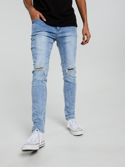 Knee Ripped Skinny Lightwash