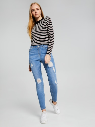 3 Button High Rise Jean With Rips